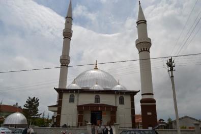 Kulu'da Yapımı Tamamlanan Cami Törenle Açıldı