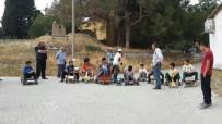 ALI ÖZTÜRK - Öğrenciler Kendi Yaptıkları Tahta Arabalarla Yarıştı