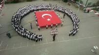 MİLLİ MUTABAKAT - Yüzlerce Öğrencinin Ay-Yıldızlı İstiklal Marşı Coşkusu