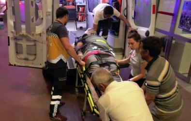 Şanlıurfa'da Otomobil Motosiklete Çarptı Açıklaması 1 Yaralı
