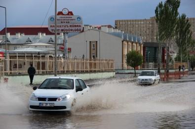 Sivas'ta Şiddetli Yağış
