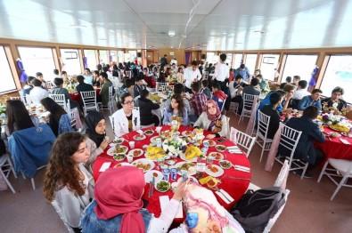 Sultangazi Belediyesinden LYS'ye Hazırlanan Gençlere Boğaz Turu