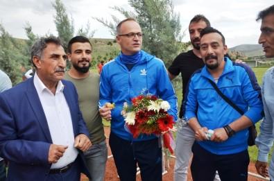 Suriyeli Çocuklardan Evkur Yeni Malatyaspor'a Ziyaret
