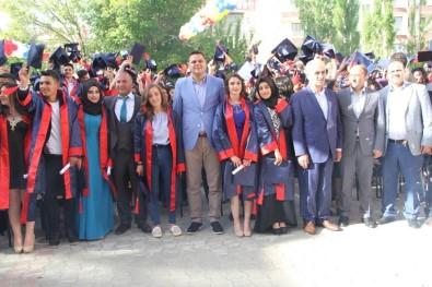 Van'da Muhteşem Mezuniyet Töreni