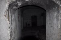 İÇKİ ŞİŞESİ - Dereiçi'nde Bulunan Tabyalar Çöplüğe Döndü