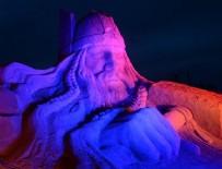 EYFEL KULESI - Dünya harikalarını 10 bin ton kumla yaptılar