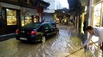 YALIN - Kilis'te Sağanak Yağmur Sele Neden Oldu