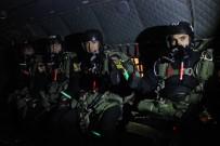 KOMANDO TUGAYI - Komandolar 10 Bin Fitten Atladı