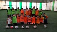 KABILIYET - Öğrencilere Futbol Eğitimi