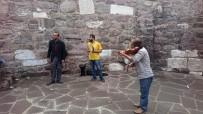 FANTEZI - Ankara Kalesi Onların Ekmek Kapısı