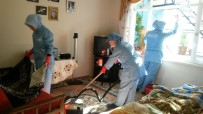 EV TEMİZLİĞİ - Yaşlıların Evlerinde Bahar Temizliği
