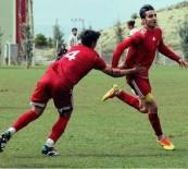 İRFAN BUZ - Yeni Malatyaspor'un Genç Futbolcusu Furkan Yiğit'in Yeteneği Dikkat Çekiyor