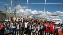 FUTBOL TAKIMI - Ağrı'da Turnuvanın Şampiyonu Beşiktaş Futbol Okulu
