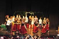 CEMAL REŞİT REY - Genç Tiyatrocular Lüküs Hayat'ı Sahneledi