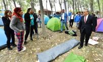 SABAH KAHVALTISI - Gençlere Başkan Kocaoğlu Sürprizi