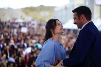 KARATEKIN ÜNIVERSITESI - Mezuniyet Töreninde Sürpriz Evlilik Teklifi