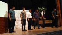 Nusaybin'de 'Allah Adamı Dener' Oyunu Sahnelendi