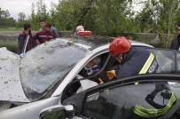 BOSTANDERE - Seydişehir'de Trafik Kazası Açıklaması 2 Yaralı
