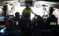 EMNIYET KEMERI - Tur Otobüslerinde Sıkı Denetim