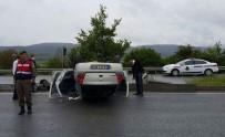 ABANT - Bolu'da Takla Atan Otomobilde İki Kişi Yaralandı