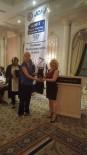 İŞ KADINI - Duran'a 'İşkadını Onur Ödülü'