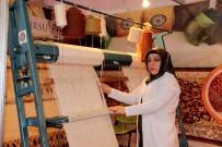HEREKE - Erzurumlu Kadınların Ellerinde Nakış Nakış İşlenen Hereke Halıları Türkiye'ye Pazarlanıyor