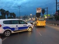 ATATÜRK BULVARI - Fatih'te Trafik Kazası Açıklaması 1 Ölü, 2 Ağır Yaralı