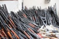 KAÇAK SİLAH - Hatay'da 1 kamyon kaçak silah ele geçirildi