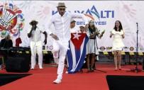 İSPANYOLCA - Küba Versiyonlu İzmir Marşı