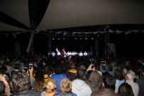 TEKERLEKLİ SANDALYE - OYFEST Şevval Sam Konseriyle Sona Erdi