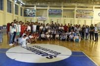 NECİP FAZIL KISAKÜREK - Şahinbey Belediyesinden 19 Mayıs Voleybol Turnuvası