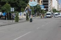 BOMBA İHBARI - Sürücünün Dalgınlığı Emniyeti Bomba Alarmına Geçirdi