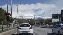 NEMRUT DAĞI - Tatvan'da Yüksek Kesimlere Kar Yağdı