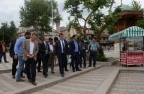 YAYA TRAFİĞİ - 15 Temmuz Demokrasi Meydanı Yenilendi