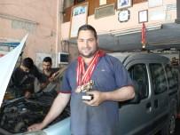 YAŞAM ŞARTLARI - 50 madalyalı şampiyon tamirci