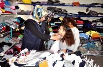 İNSANİ YARDIM - Akçakale'deki Suriyeli 80 Yetim Çocuk Giydirildi