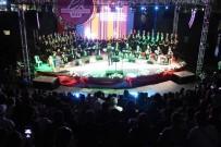 ZEKİ MÜREN - ASEV TSM Korosu'ndan Unutulmaz 'Zeki Müren' Konseri