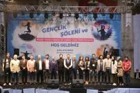 BEDENSEL ENGELLİ - Bayrampaşalı Öğrenciler Kazandı, Uğur Arslan Sundu