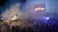 PATLAMIŞ MISIR - Büyükşehir'den, Dev Maça Dev Ekran
