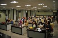 REHABİLİTASYON MERKEZİ - Büyükşehirden Ev Hayvanı Satıcılarına Eğitim Semineri