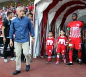 RıZA ÇALıMBAY - Çalımbay, Antalyaspor tarihine geçti