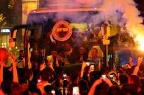 BASKETBOL TAKIMI - Fenerbahçe'de Coşkulu Kutlama