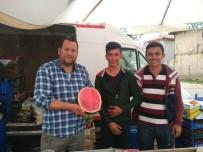 PAZARCI - Hisarcık Pazarında 'Dilim Karpuz' Satışı