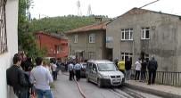 ELEKTRİK KONTAĞI - İstanbul'da Mahalleliyi Sokağa Döken Yangın