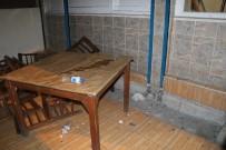 SİLAHLI KAVGA - Kahvehanede Silahlı Kavga Açıklaması 2'Si Ağır 5 Yaralı