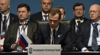 KALKINMA BANKASI - Medvedev Açıklaması Karadeniz Bizim Ortak Zenginliğimiz