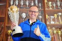 AHMET ÇAKıR - Süper Lig Kupası Onun Ellerinde Yükseldi