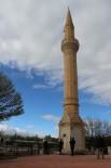 Proje Değişikliği Minareyi Öksüz Bıraktı