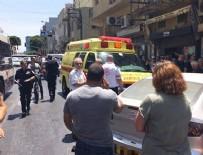 TEL AVIV - Tel Aviv'de bir araç yayaların arasına daldı