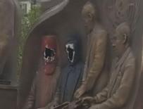 ASKERİ MÜDAHALE - Türk düşmanı başpiskopos heykeli kırıldı